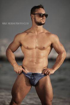 Michele Tuo Rizzi: Masculine Desire. Miky Merisi http://www.burbujasdeseo.com/michele-tuo-rizzi-masculine-desire-miky-merisi/