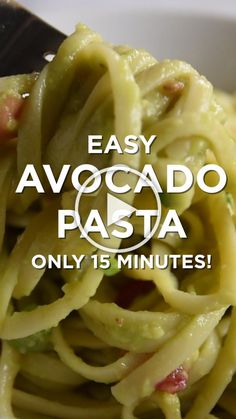 Avocado Recipes - Quick And Easy Avocado Pasta Metabolism Boosting Foods, Fast Metabolism Diet, Avocado Recipes, Keto Recipes, Healthy Recipes, Sauce Recipes, Healthy Foods, Cooking Recipes, Chicken Mozzarella Pasta