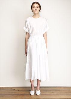 Black Crane Pleats Dress (White)