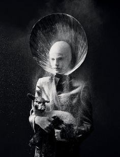 Mert & Marcus Kate Moss, Costume Halloween, Nun Costume, Sainte Cecile, Alas Marcus Piggott, Art Photography, Fashion Photography, Conceptual Photography, Inspiring Photography