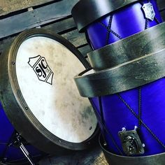I wish this beauty was just waiting for me at the studio tonight! Don't get me wrong my SJC (Soho) is my baby but this is the sex! #sjc #sjcfam #sjccustomdrums #giveme #drumporn #drums #drummer #customdrums #beauty #beautiful #butcherhoops @sjcdrums by brodie_carson