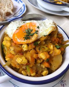"""""""Charquican"""" Vegetariano. 🍳🌽🥔Receta ganadora con 1808 votos del mejor público! Gracias por participar en mis v/s !!! #ladaniysureceta ñam… Chefs, You're Awesome, Fun Cooking, Chana Masala, Dani, Curry, Soup, Instagram, Ethnic Recipes"""
