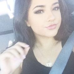 """Mi piace"": 22, commenti: 0 - Becky Gomez (Fan Page)  (@rebbecamarieg) su Instagram"
