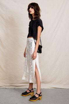 Vintage White Detailed Skirt #urbanoutfitters
