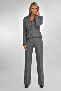 grey woman's suit with trousers #bellamode