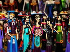 Students will explore Hispanic Heritage with educational activities like creating Carnival masks and using Aztec numerals. Hispanic American, Mexican American, American History, Hispanic History Month, Hispanic Heritage Month, Spanish Lessons For Kids, Kindergarten Activities, Educational Activities, Libros