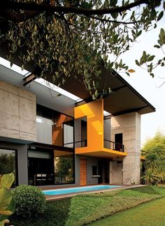 Yellow Hole House - Tropical Architecture