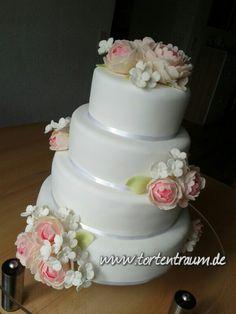Wedding cake tortentraum.de