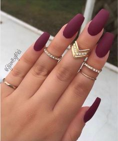 Matte nail polish coffin nails maroon matte manicure french tip square shaped long nails cute summer fall spring fingernails gel nails shellac juice matte Dark Nails, Long Nails, My Nails, Dark Color Nails, Short Nails, Coffin Nails 2018, Deep Red Nails, Dark Purple Nails, Acrylic Nails Coffin Short
