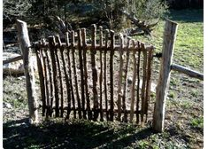 DIY Garden Fence Ideas to Keep Your Plants I have enough twigs, want to make a little gate for the yard.I have enough twigs, want to make a little gate for the yard.