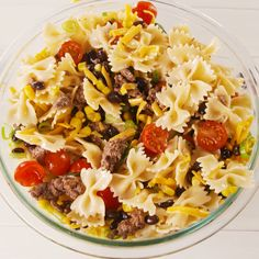 Think of this as a better taco salad. Because pasta! (Also once you add ground beef to pasta salad, you won't be able to stop.) Think of this as a better taco salad. Because pasta! (Also once you add ground beef to pasta salad, you won't be able to stop. Taco Salat, Pasta Salat, Tasty Videos, Food Videos, Mexican Food Recipes, Dinner Recipes, Dessert Recipes, Cod Recipes, Dessert Salads