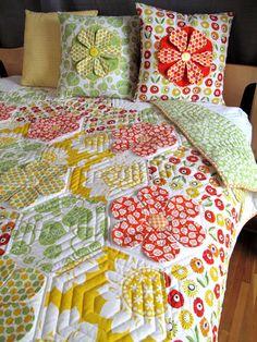 Hemma Design Louisa Garden Quilt & pillows