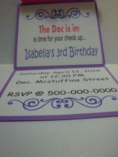 Doc Mcstuffins personalizado invitación  conjunto de 8.