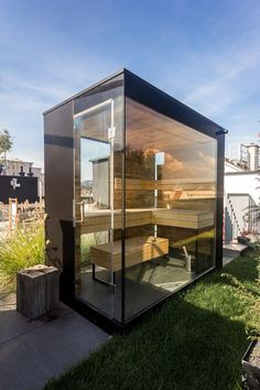 Sauna on roof terrace - Terrace ıdeas Sauna House, Pent House, Saunas, Outdoor Sauna, Indoor Outdoor, Outdoor Pavers, Mini Sauna, Design Sauna, Roof Terrace Design