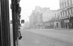 Kossuth Lajos utca az Astoria felé nézve, jobbra a Szép utca torkolata. Utca, Old Pictures, Historical Photos, Budapest, Street View, War, Historical Pictures, Antique Photos, Old Photos