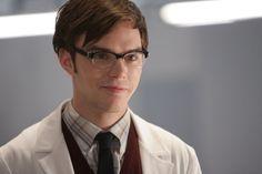 Nicholas Hoult nerd style!!! <3
