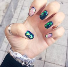 Broken Glass Nail Art: Inside Out