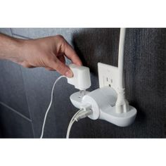 Power outlet with built in usb charging
