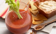 Howlin' Bloody Mary – easy recipe for a kickin' beverage!