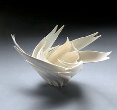 Jennifer McCurdy: Peony Nest • Ceramics Now - Contemporary ceramics magazine