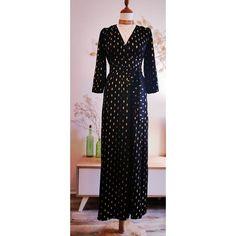66600a7237 Superbe robe longue fendue de la marque Opullence, noire un peu satinée  avec des motifs