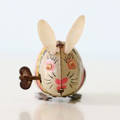 Vintage Easter Bunny Wind Up Toy by bellalulu on Etsy, $28.00