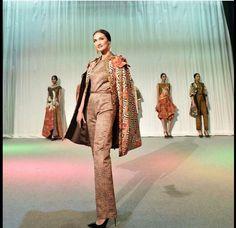 ... batik batik kebaya sarong 5 3 ince meliana indonesia batik and ikat