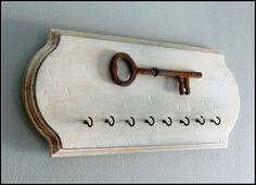 Rustic Key Holder  Wall Hook Rusted Wall decor by @WireHearts @Etsy @etsyLush