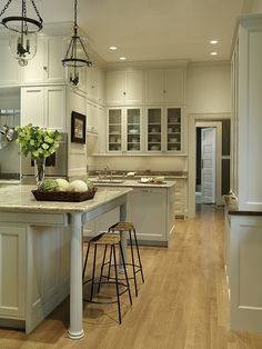 A Lovely Kitchen | ZsaZsa Bellagio - Like No Other