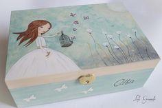 #Joyero de #madera muñeca con jaula y mariposas, pintado a mano. www.lolagranado.com