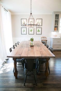Love that classic farmhouse table, just not thrilled with the chairs! pinterest: @rosajoevannoy
