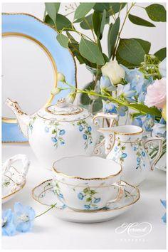 Bistro Design, Afternoon Tea Set, Vase Deco, Tee Set, Michael Graves, Blue Desserts, Sushi Set, Pottery Workshop, China Tea Sets