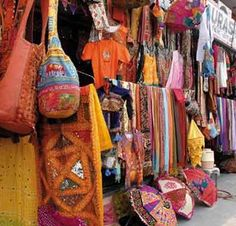 Best Shopping Places in Jaipur - Nowhere in India, but Jaipur will you find an entire street dedicated to artisans and traders. Johari Bazar, Bapu Bazar, Nehru Bazar, Chaura Rasta, Tripolia Bazar and M.I. Road specialize in precious and semi-precious stones, ornaments and other jewelries.