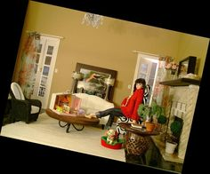 Momoko living room