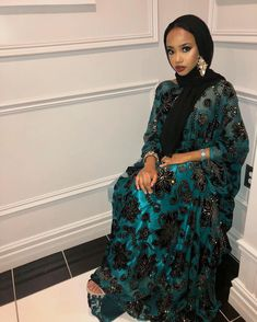 I adore traditional african fashion Modern Hijab Fashion, Muslim Fashion, Modest Fashion, Fashion Outfits, Fashion Ideas, African Men Fashion, African Beauty, African Lace, African Dress