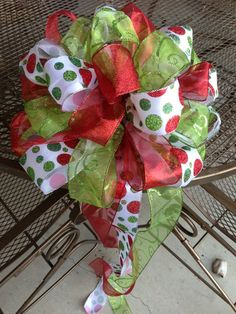 Large 14 Christmas Bow / Tree Topper / by SouthernWreathDesign Christmas Bows, Christmas 2014, Christmas Decorations To Make, Holiday Crafts, Holiday Fun, Christmas Stuff, Xmas Tree Toppers, Tree Topper Bow, Christmas Activities