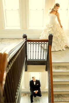 Pre-wedding pictures, without spoiling the first look!  Awesome idea!!