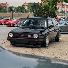 Volkswagen Golf Mk1, Golf Tips Driving, Bmw E38, Golf Videos, Golf Channel, Car Photos, Custom Cars, Vehicle, Motorcycles