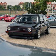 Volkswagen Golf Mk1, Golf Tips Driving, Golf Videos, Golf Channel, Car Photos, Custom Cars, Motorcycles, Chipping Tips, Mk 1