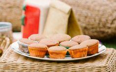 Receita de Muffin de Banana da Bela Gil (com farinha de amêndoas) http://gnt.globo.com/receitas/receitas/muffin-de-banana-com-canela-receita-da-bela-gil.htm