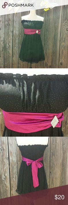 BNWOT  Beautiful strapless dress Brand new never used black sparkle dress from macys L?tt? U.S.A Dresses Midi
