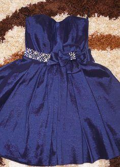 Kup mój przedmiot na #vintedpl http://www.vinted.pl/damska-odziez/sukienki-wieczorowe/9980098-piekna-granatowa-szykowna-sukienka-idealna-na-wesele-i-inne-imprezy-okolicznosciowe
