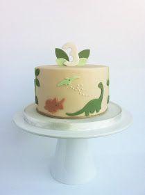 Peaceofcake ♥ Sweet Design: Dinosaur Cake • Bolo Dinossauro