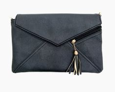 Clutch Bag with Tassel Black http://www.megapui.com/index.php?id_product=341&controller=product&id_lang=1#/color-black