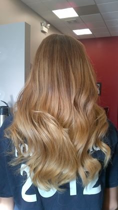 Blonde highlights in a soft ombre.