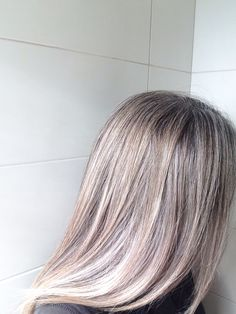 Grey is the new blonde | Almost fully grown out now