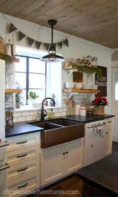 Farmhouse kitchen decorated for Christmas <3 Beautiful Christmas house tour of a fixer upper 1902 Victorian home!