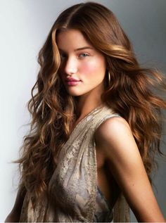 Define your hair beauty with Long Layered haircuts long-haircut-layered Long Layered Haircuts, Women Haircuts Long, Haircuts For Long Hair, Layered Hairstyles, Everyday Hairstyles, Short Haircuts, Long Wavy Hair, Long Hair Cuts, Long Curly