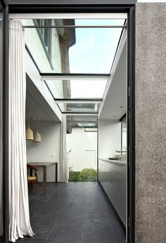 Extension to a seaside villa: House N by Maxwan Architects