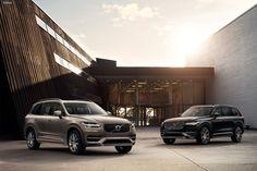 С учетом специфики китайского рынка в Volvo готовят к автошоу в Шанхае топовую версию модели XC90. Первоначально новая версия появится на китайском рынке, но не исключено, что позже ее смогут приобрести жители стран Ближнего Востока и США.  У новинки задний диван заменят двумя отдельными креслами с полным набором электрических регулировок, массажем и выдвигающейся подставкой для ног и мультимедийным комплексом с доступом в Интернет.